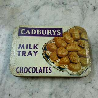 England Cadburys Milk Tray Chocolates Tin Box Vintage 1