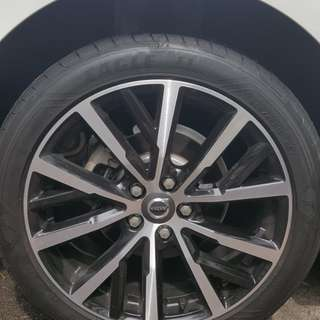 "1 month old 18"" original Volvo sports rims with tyres"