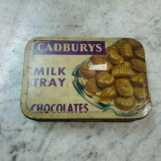 England Cadburys Milk Tray Chocolates Tin Box Vintage 3