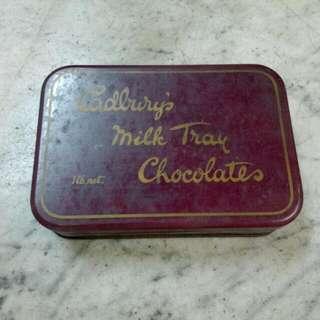 England Cadburys Milk Tray Chocolates Tin Box Vintage 4