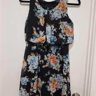 Summer floral dress size 8
