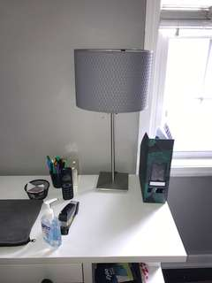 Minimalistic desk lamp