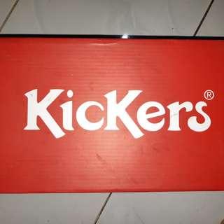 Sepatu kickers (baru di pakai 1x)
