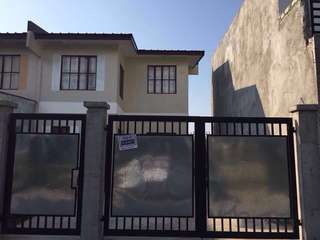 House for rent 2 storey