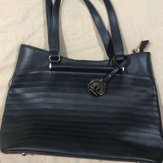 Michaela shoulder Bag
