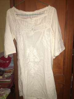Dress white putih