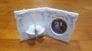 Porcelain photo frame