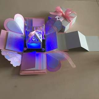 Proposal little twin star experience box with lighthouse, 8 waterfall, pull Tab