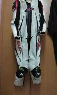 Clover racing siit