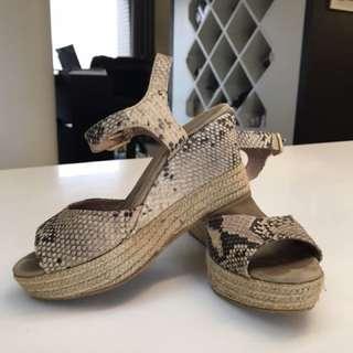 西班牙製 蛇紋楔型涼鞋 時尚百搭Wedge