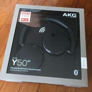 AKG Y50BT Bluetooth Headphones (black)