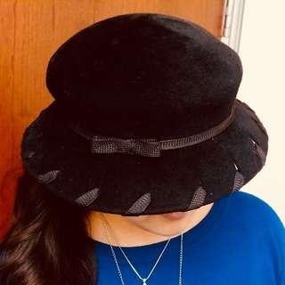 Kathy Luker black velvet hat