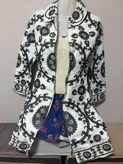 Baroque outerwear coat navy white
