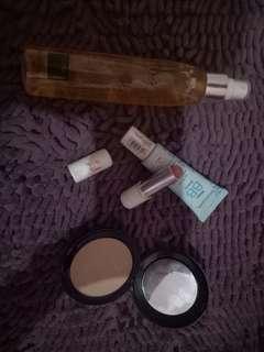 Paket kosmetik A free ongkir