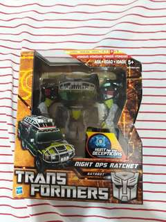 Transformers Autobot Ratchet Voyager Class