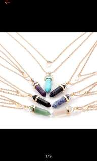 (PO) CRYSTAL NECKLACE