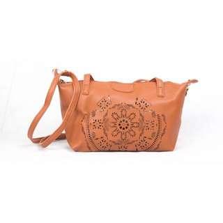 FD127 Shoulder & Sling Bag