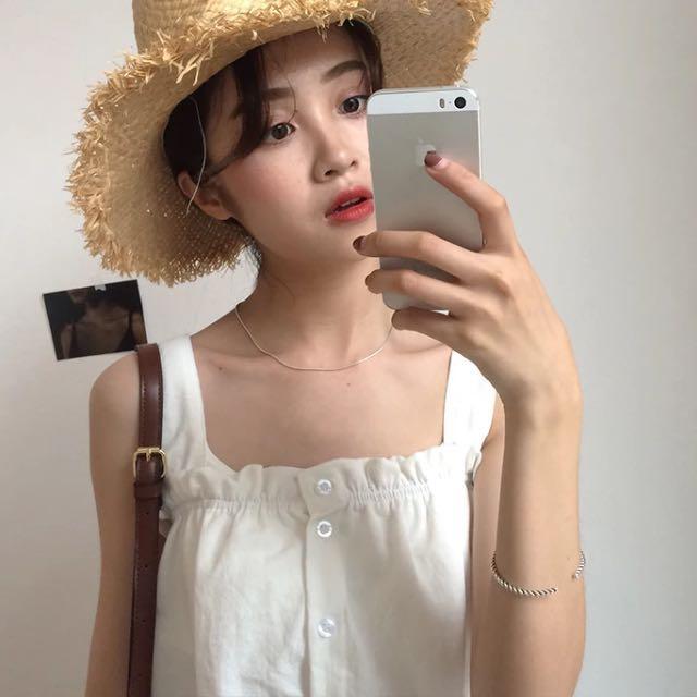 韓版白色細肩帶上衣