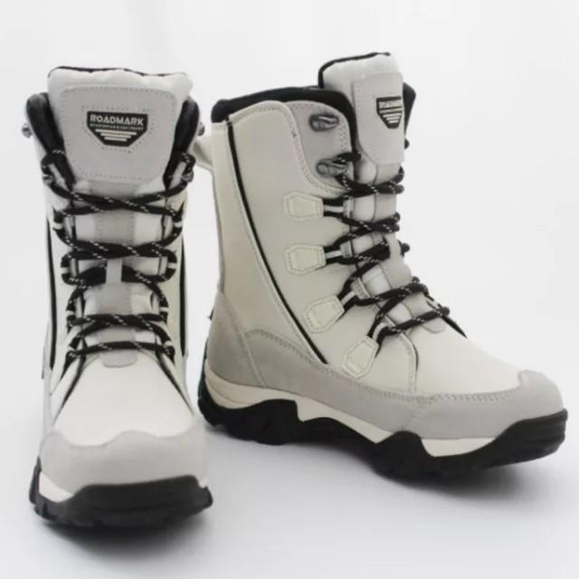 冬季户外雪地靴中筒防滑防水保暖滑雪鞋登山鞋 女
