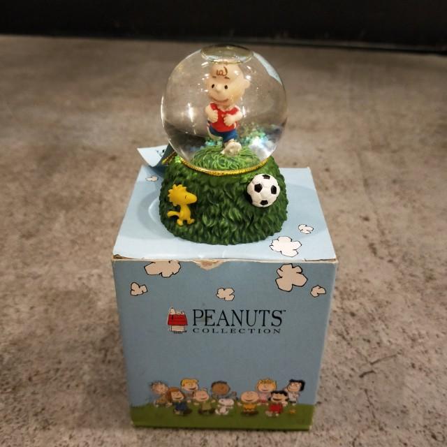 日本 史努比 查理布朗 花生漫畫 水晶球 環球影城  絕版 稀少 收藏 限量