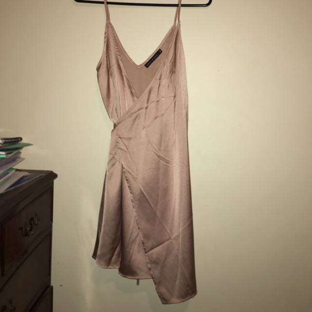 Blush silk wrap dreas