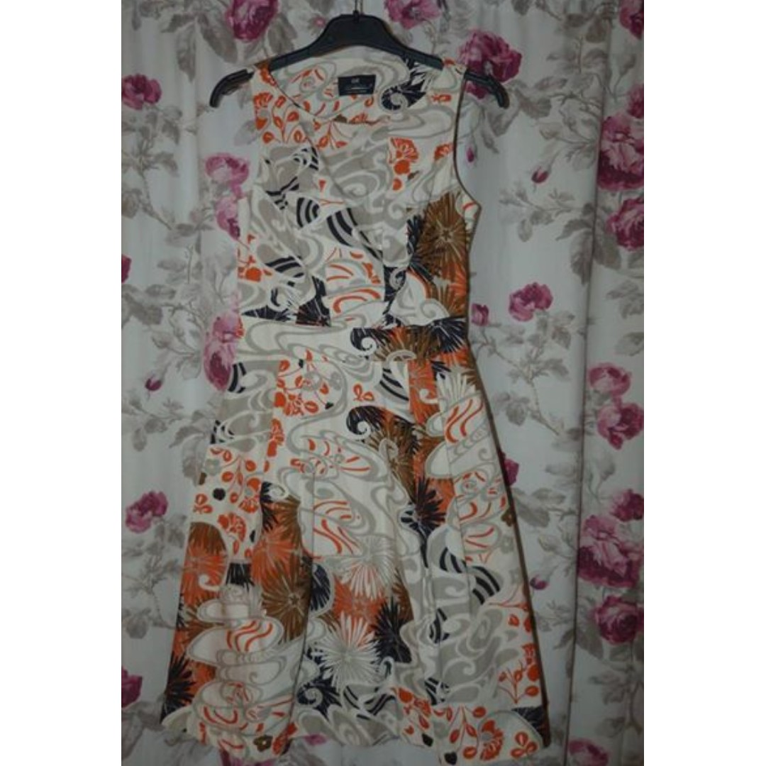 Cue patterned dress with pockets size 6