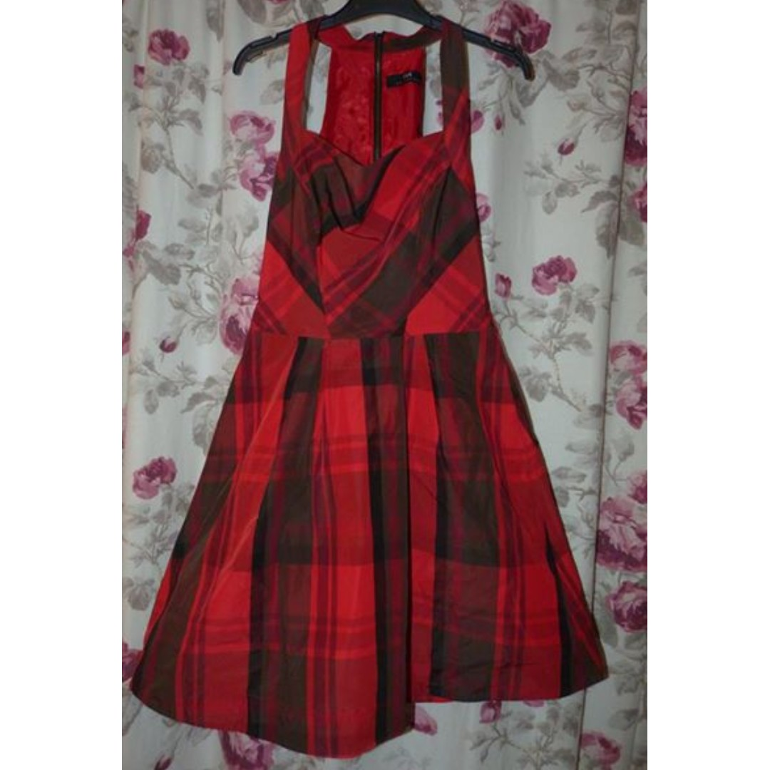 Cue red chequered dress in size 6 with pockets
