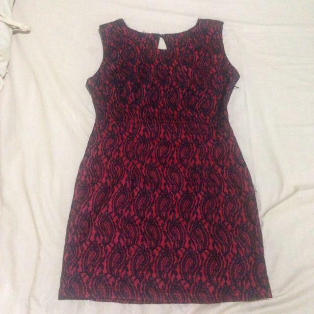 Dress merah maroon hitam