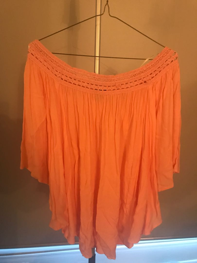 Forever 21 Pale Pink/Salmon off the shoulder top - Flowy - Size Small