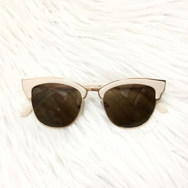 aa60264a1b FOREVER 21 SUNGLASSES, Women's Fashion, Accessories on Carousell
