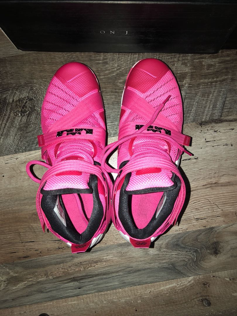 best service c7d19 d62ad Lebron soldier 9 breast cancer colour, Sports, Sports ...
