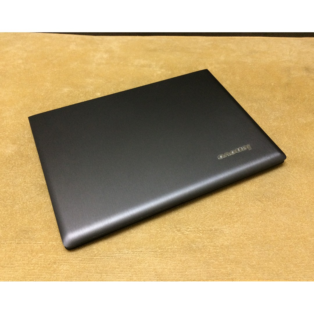 Lenovo G40 Core i5 5th gen. 14.1 inches (Gaming laptop)