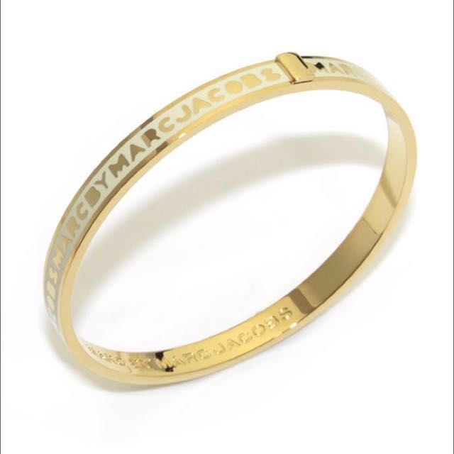 Marc by Marc Jacobs Skinny Logo Gold Bangle