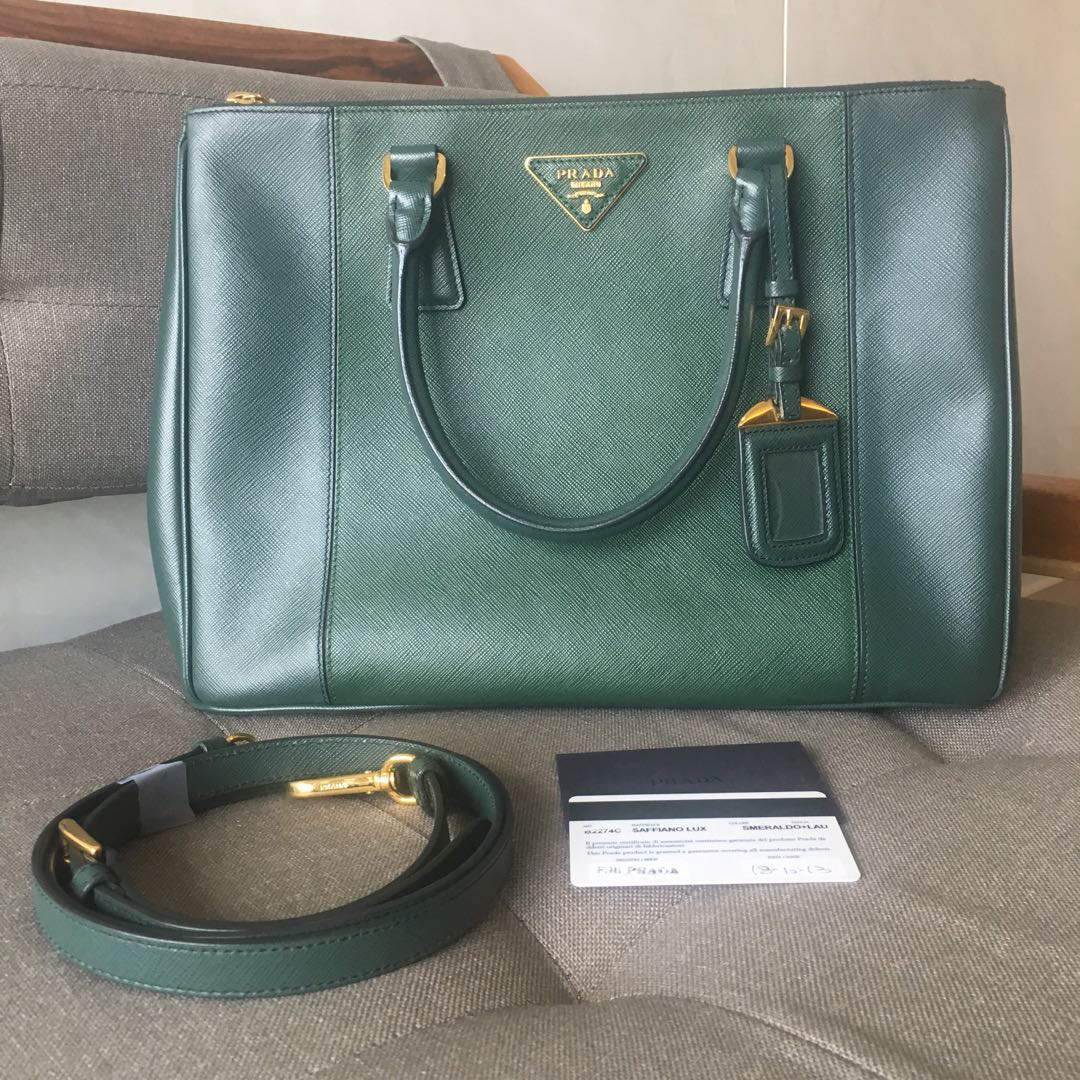 Preloved Green Prada Saffiano Lux Bag