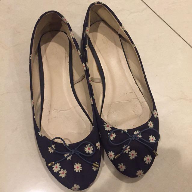 Preloved-VNC ORI Flat Shoes