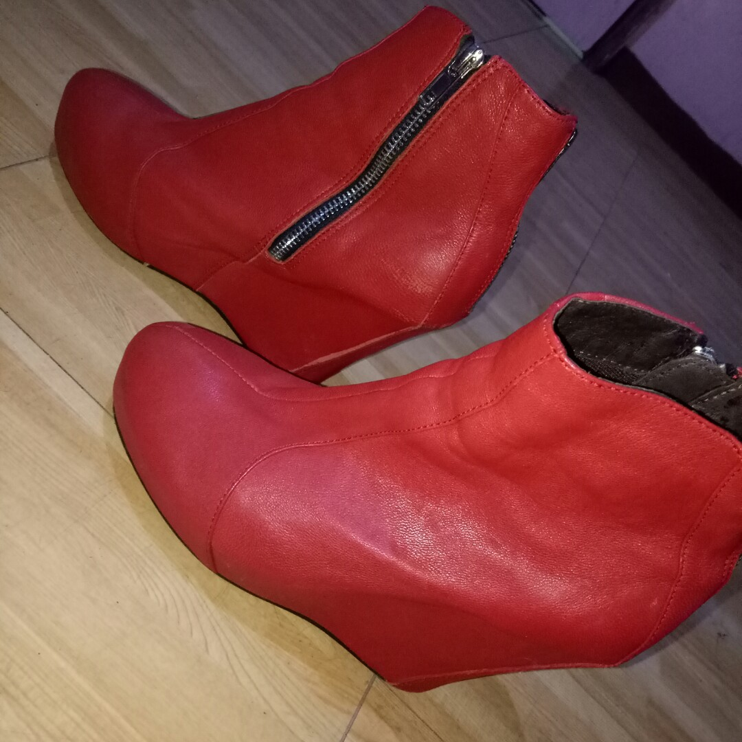 Red Sexy Fashionable Shoes