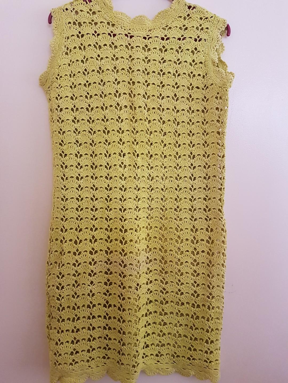 Sleeveless women's dress