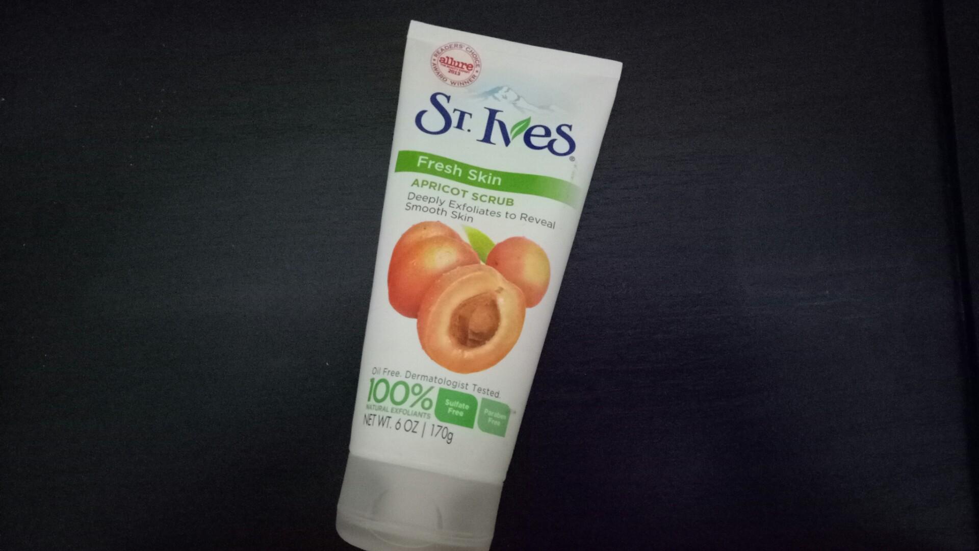 St.Ives Apricot Scrub