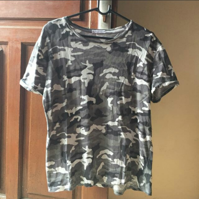 Stradivarius Army T Shirt