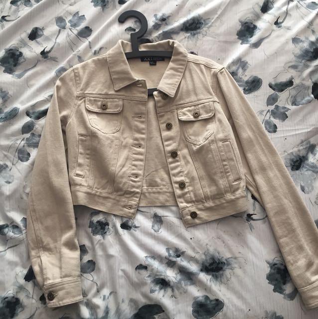 Tan denim cropped jacket (M)