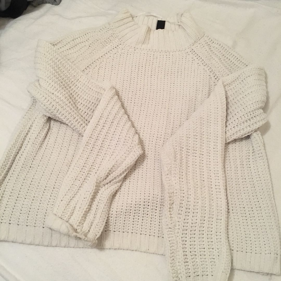 Thick knit cream white cropped turtle mock neck jumper