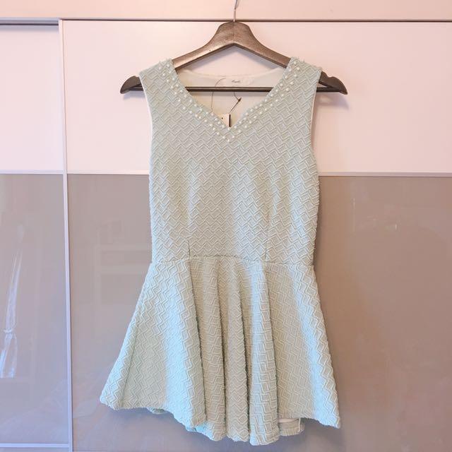 珍珠領Tiffany綠毛織洋裝