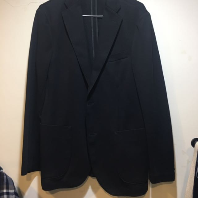 Uniqlo 西裝外套 素面 黑 休閒 suit 修身 合身 M號