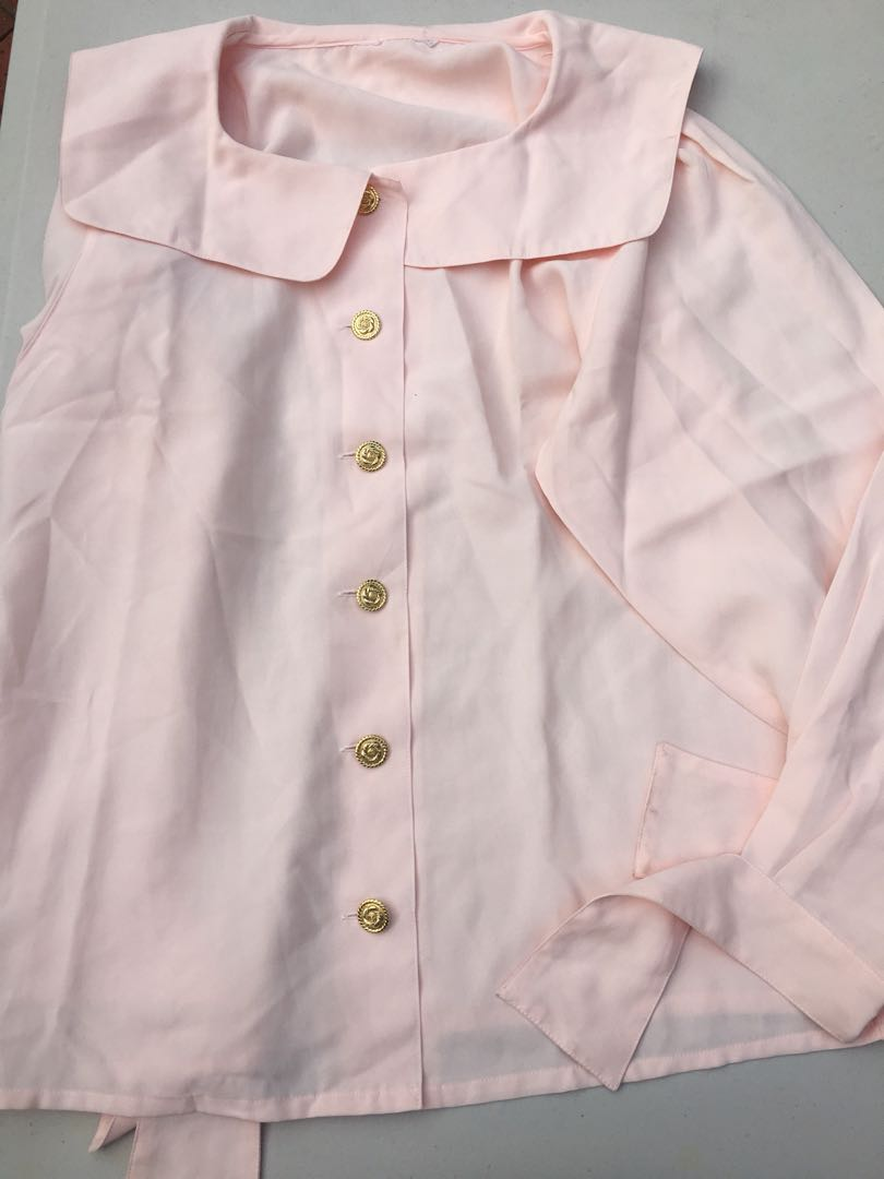 Vintage baby pink Peter Pan collar blouse top with gold rose buttons