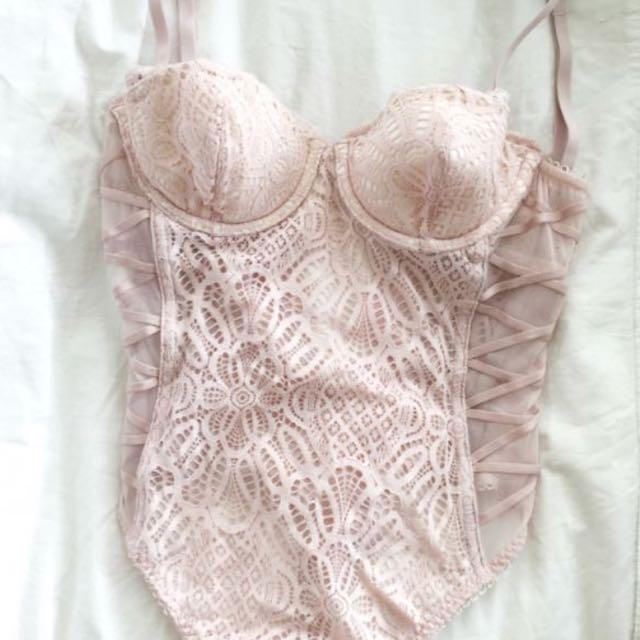 VS bodysuit 32B/C