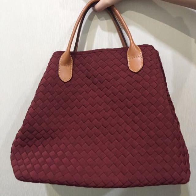 Webe maroon bag