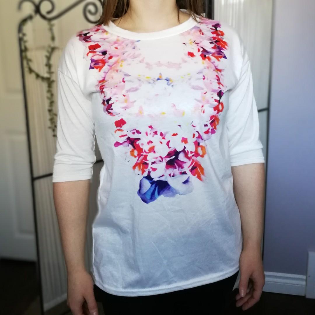 White Flower Brocade 3/4 Sleeve Tunic New Medium