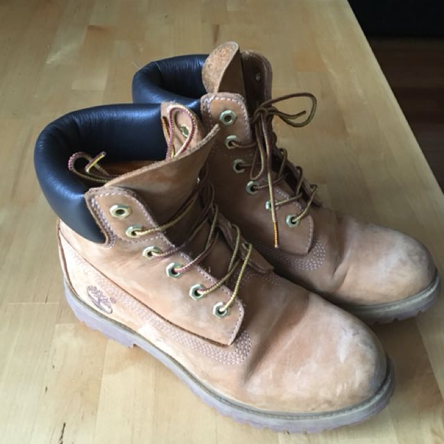 Women's authentic Timberlands