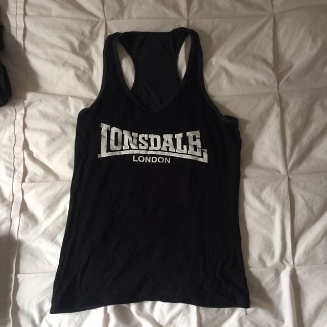 2653b4724cce Women s Lonsdale top
