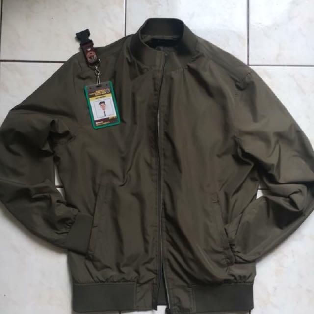 Zara Bomber Jacket (M)